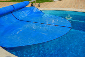 Which Type of Swimming Pool Cover is Right for You?