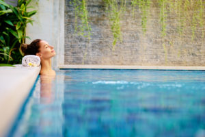 How to Transform your Backyard into a Swimming Oasis
